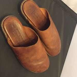 LEATHER COLE HAAN MENS BROWN SLIP ON CLOG 9.5